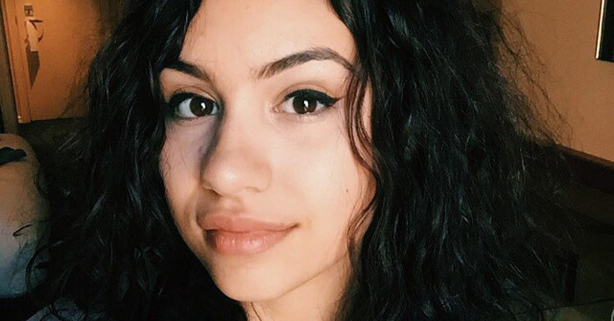 Alessia Cara se abre sobre as suas inseguranças e padrões de beleza