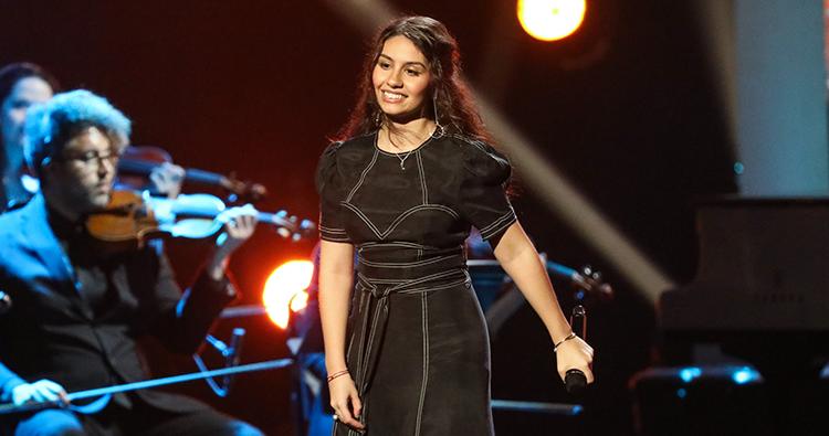 Alessia Cara se apresenta no tributo Aretha! A GRAMMY Celebration For The Queen Of Soul
